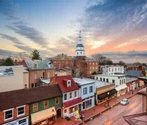 3 Views of Historic Landmarks to Enjoy as You Sail the Waters of Annapolis Aboard The Liberte